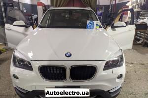 BMW X1 - установка автосигнализации, камеры заднего вида, парктроников