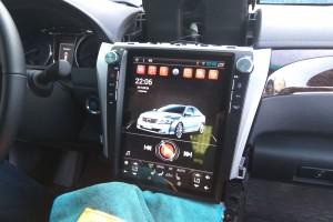 Toyota Camry V55 - установка штатной магнитолы Android Tesla
