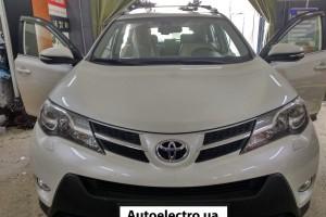 Toyota RAV4 - установка штатной магнитолы и монитора в подголовник