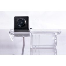 Штатная видеокамера заднего вида для Volkswagen / Seat / Porsche Fighter CS-HCCD+FM-13