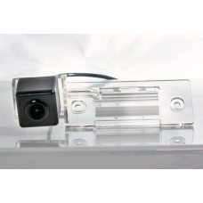 Камера заднего вида для Skoda Fabia, Yeti Fighter CS-HCCD+FM-15