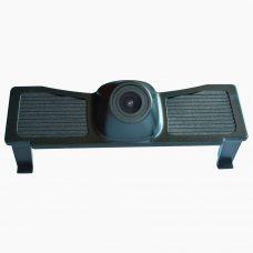 Камера переднего вида Prime-X C8118 для Toyota Land Cruiser 200 2016+