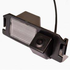 Камера заднего вида для Hyundai i20 2008+ IL Trade 9821