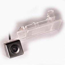 Камера заднего вида для Volkswagen / Skoda / Seat IL Trade 9894
