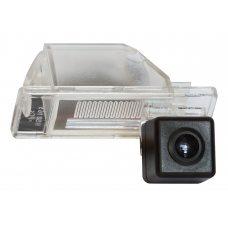 Камера заднего вида для Nissan Qashqai I/II, X-Trail, Note, Pathfinder, Juke, Patrol, Primera Incar VDC-023