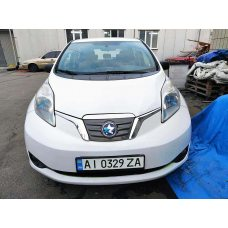Электромобиль Nissan Leaf - 2013