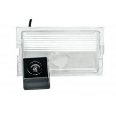 Камера заднего вида Land Rover PHANTOM CA-35+FM-101