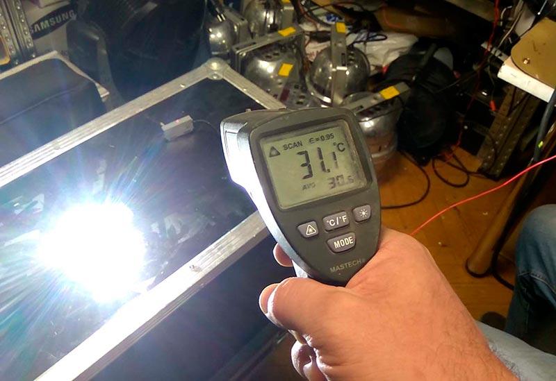 Замер температуры блока управления лампой H7 Philips LED