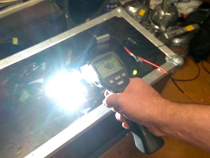 Замер температуры корпуса лампы H7 Philips LED