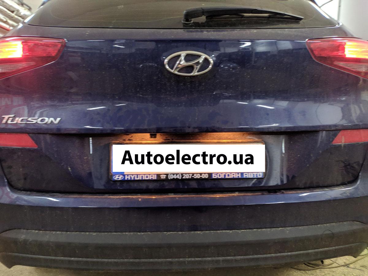 Штатная камера заднего вида Hyundai Tucson