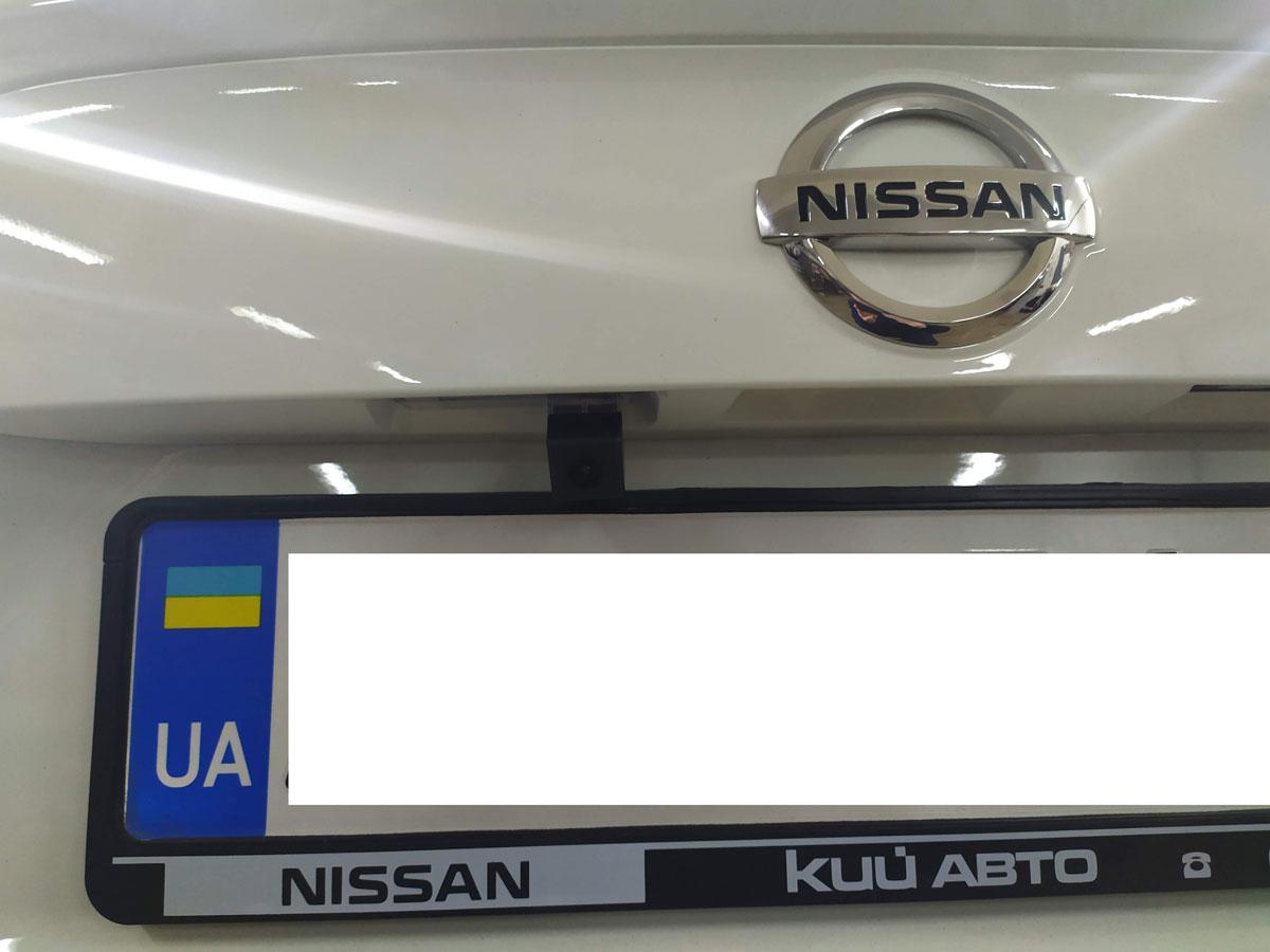Установка штатной камеры заднего вида на Nissan Qashqai
