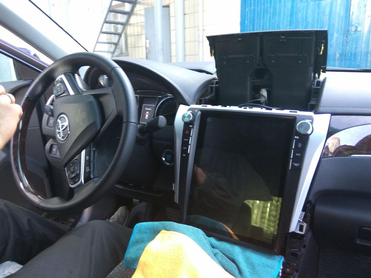 Установка штатной магнитолы на Toyota Camry V55