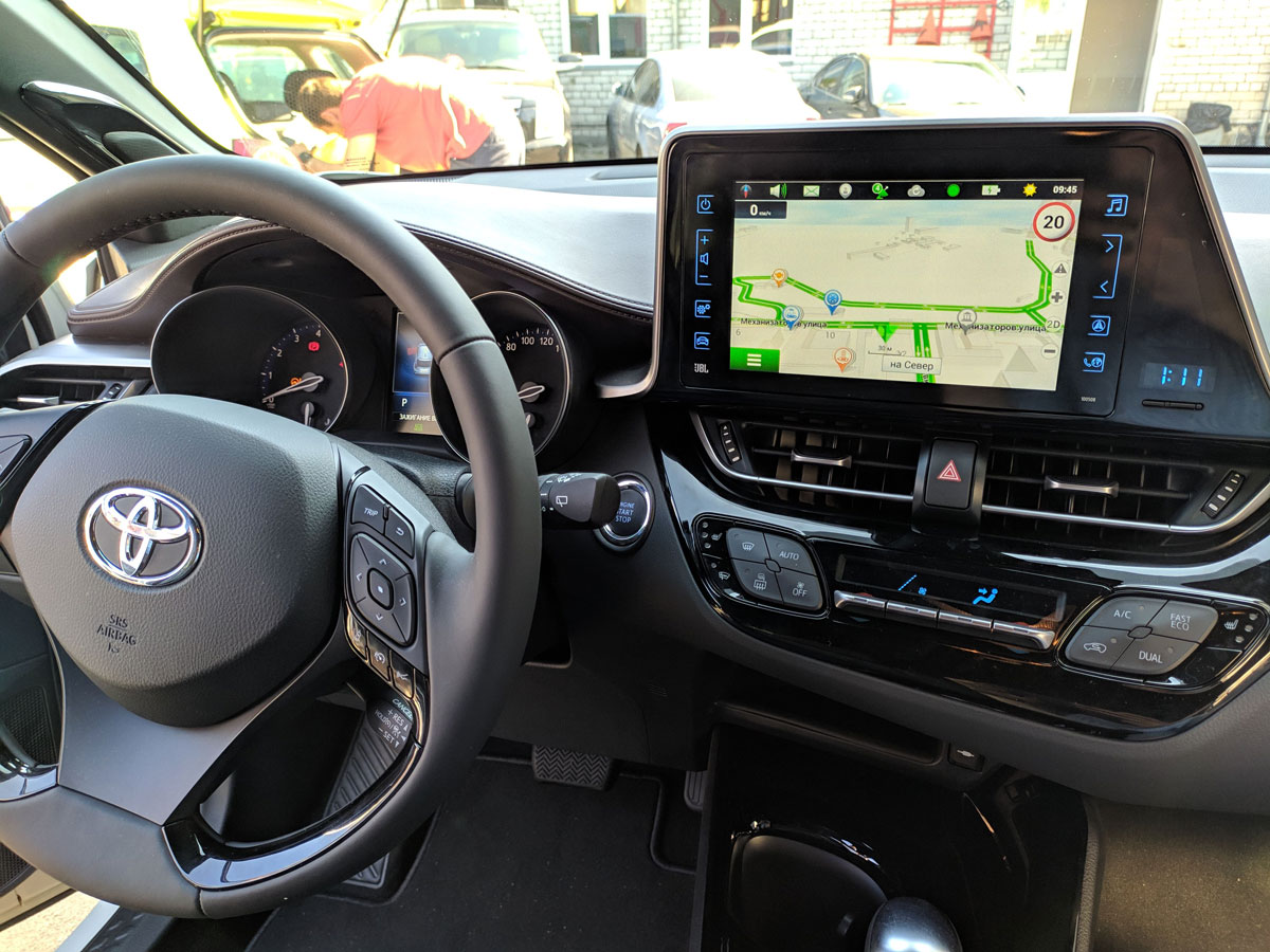Установка блока навигации Navitouch на Toyota C-HR