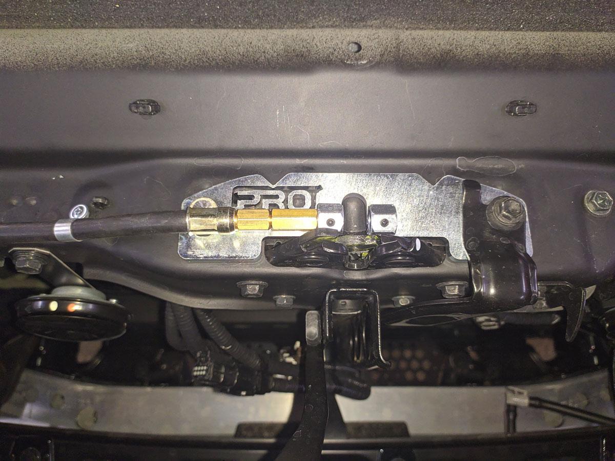 Установка автосигналиазции на Toyota LC200