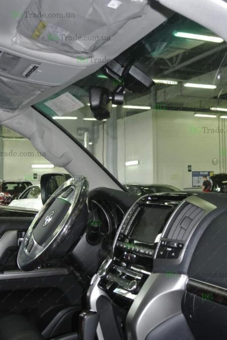 Установка зеркала видеорегистратора на Toyota тип 2