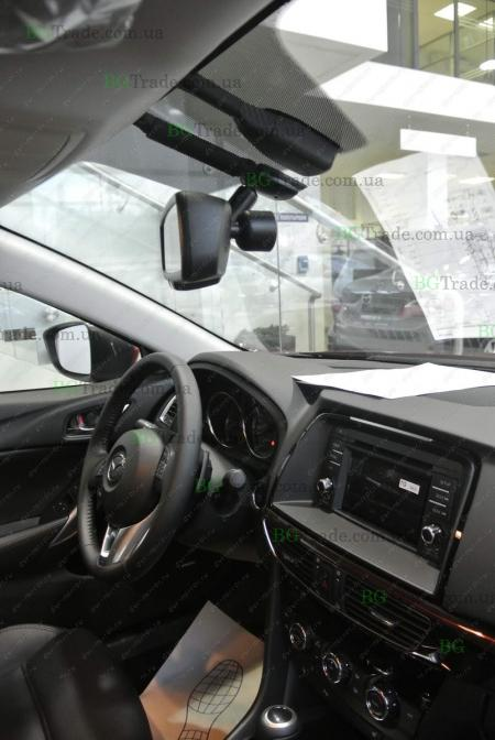 Установка зеркала видеорегистратора на Mazda