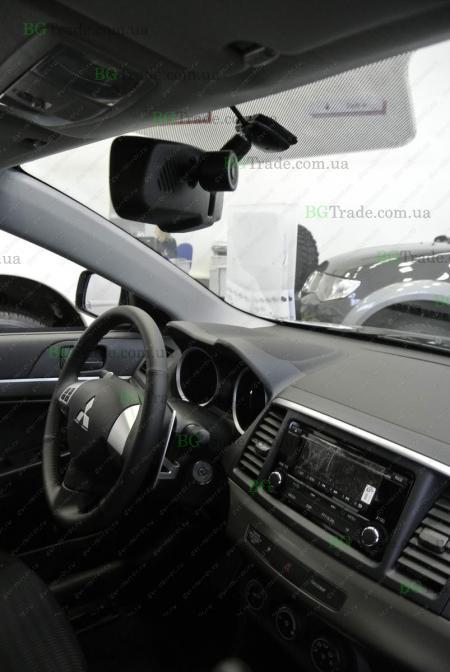 Установка зеркала видеорегистратора на Mitsubishi тип 2